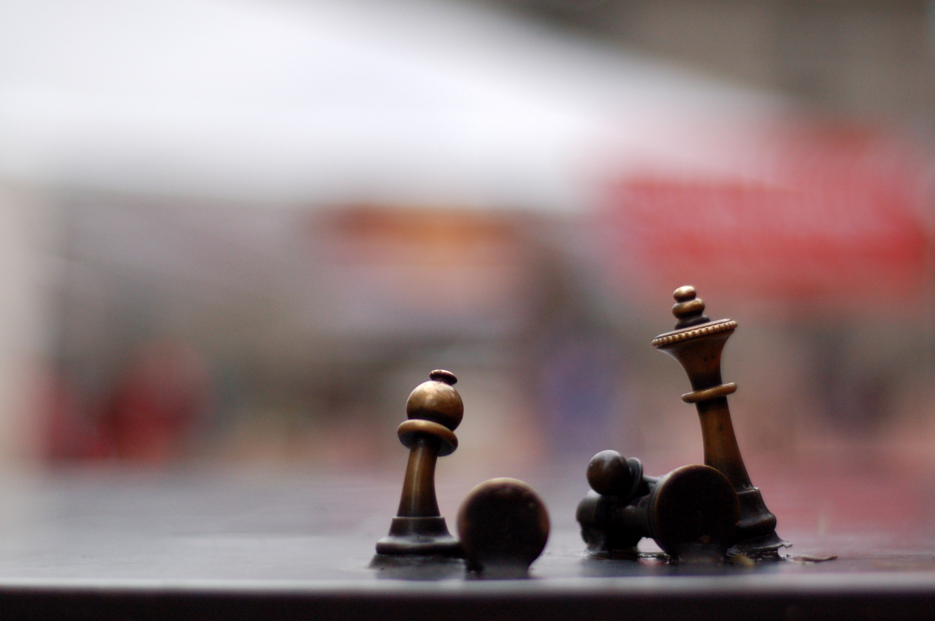 Chess players symbolizing new strategies to develop drugs